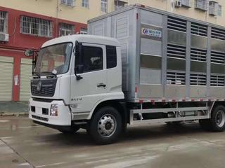 东风天锦全铝合金畜禽运输车