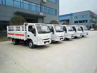 国六汽油跃进小福星3.3米气瓶运输车